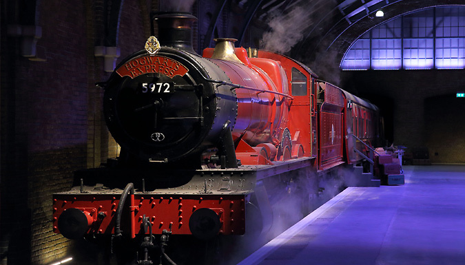 1-2 Night 4* Hotel Stay With Breakfast & Making of Harry Potter Tickets & Transfers from Discount Experts